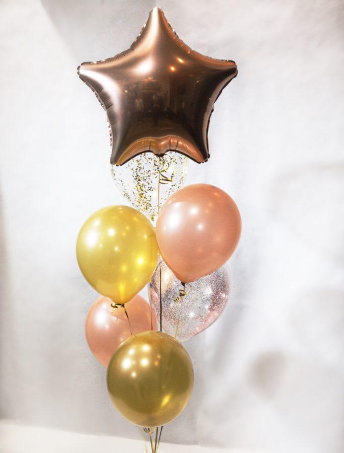 Фонтан из воздушных шаров Золото