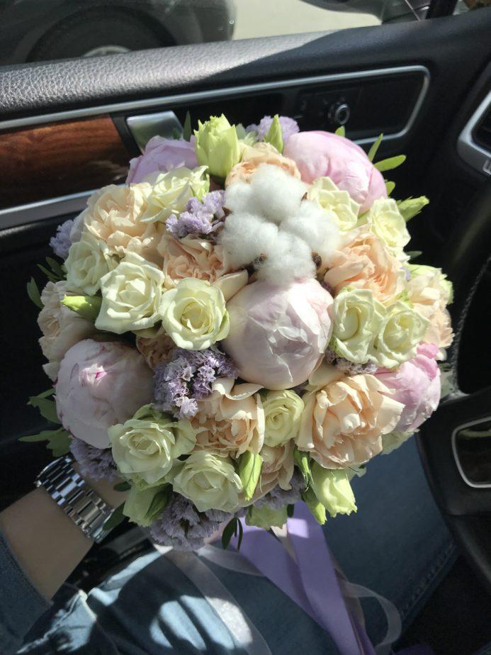 Букет невесты «Пудра» - бутоньерка в подарок.