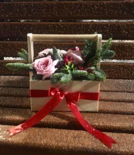 Новогодняя композиция с розой