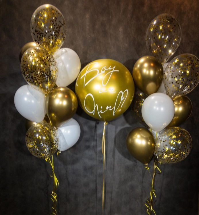 Бело-золотой набор воздушных шаров на гендер-пати