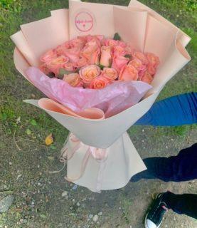 Шикарный объёмный букет из 39 роз, букет из розовых роз, розовые розы в подарок, букеты из роз, красивые розы