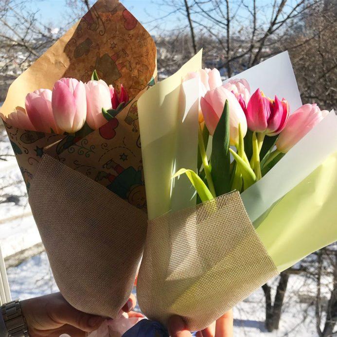 Мини букеты из розовых тюльпанов