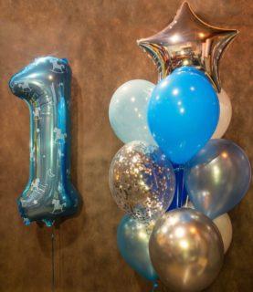 Фонтан из воздушных шаров на 1 год