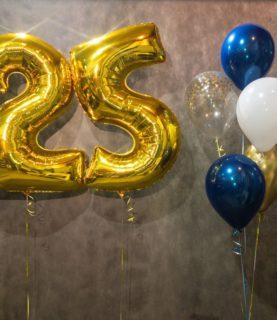 Фонтан из шаров на 25-ти летие