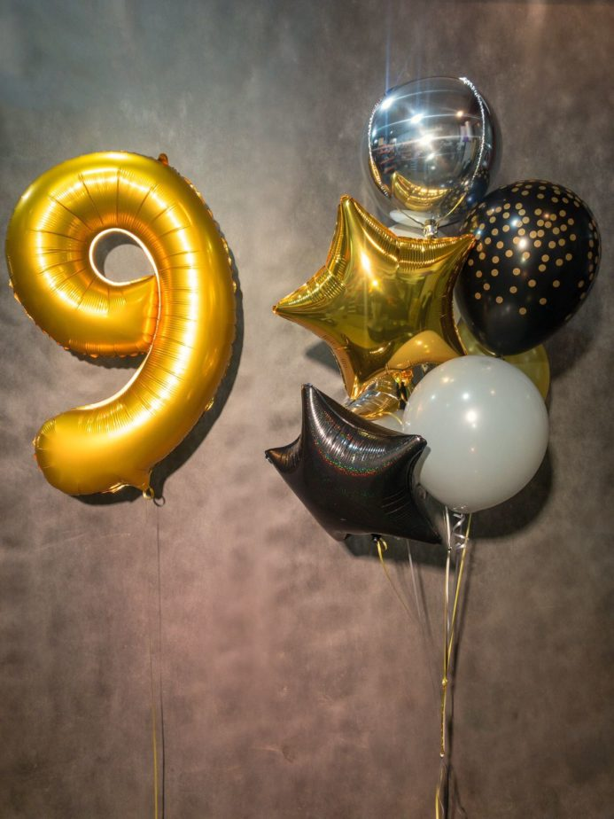 Фонтан из шаров на 9 лет