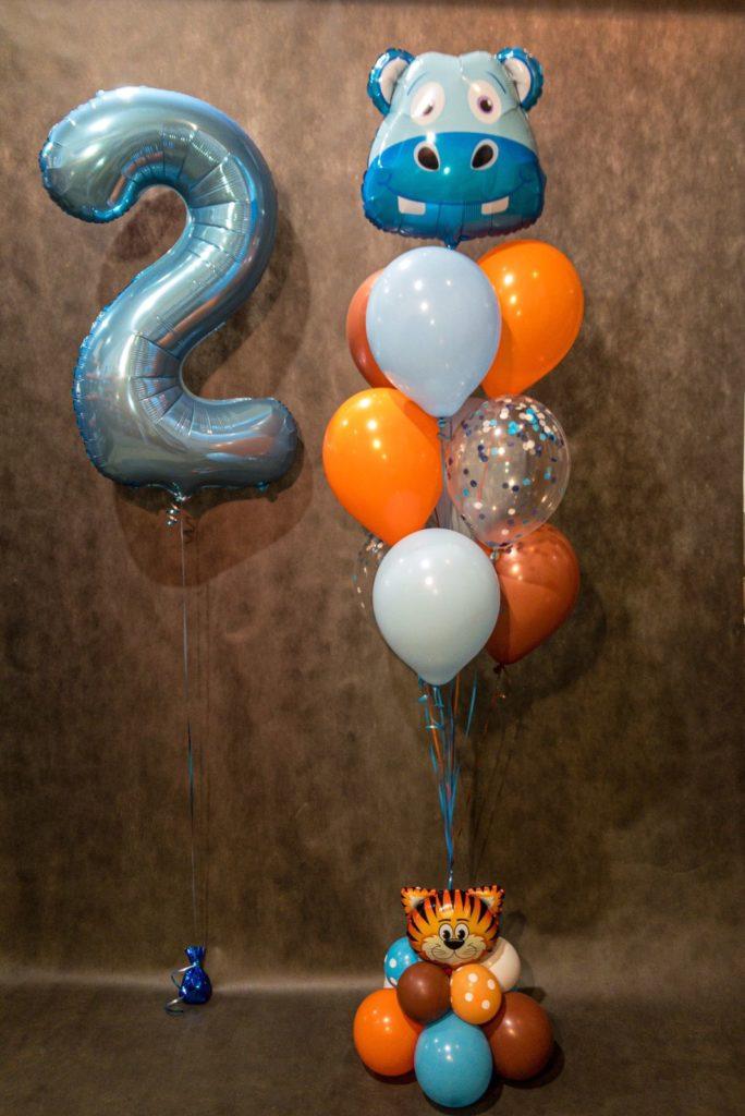 Композиция из шариков на 2 годика